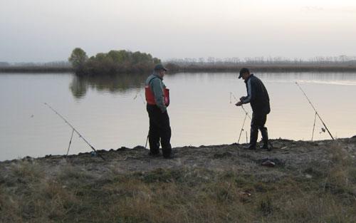 когда разрешено рыбачить с лодки в челябинской области