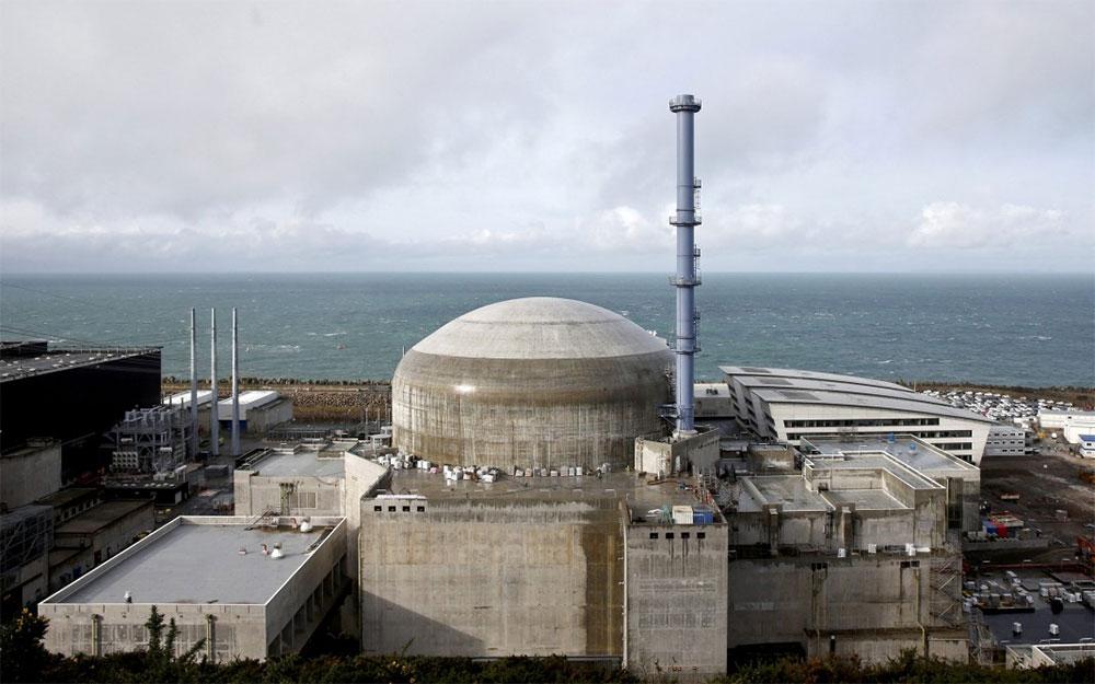 На французской АЭС на берегу Ла-Манша прогремел взрыв