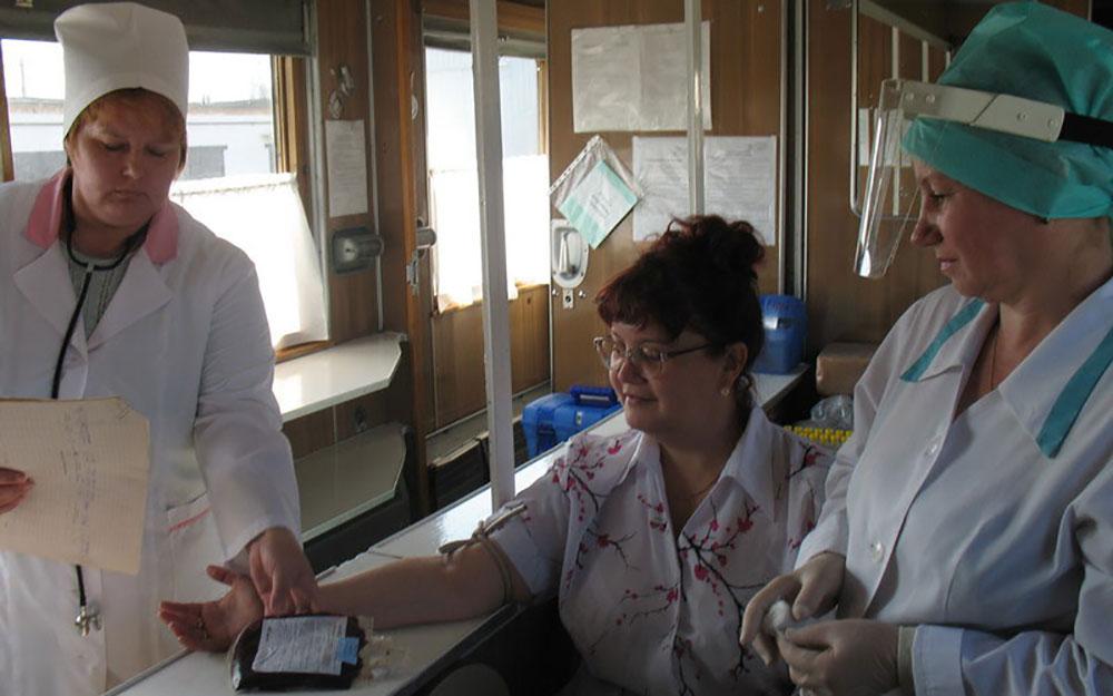 Сотрудники «ЧЭМК», ОКБ № 3 и студенты ЧелГУ поделятся своей кровью