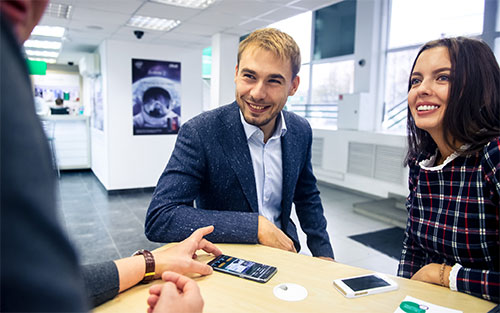 Антон Шипулин во всеоружии начинает биатлонный и мобильный сезон