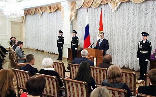 Победители школьных олимпиад получили премии губернатора Челябинской области