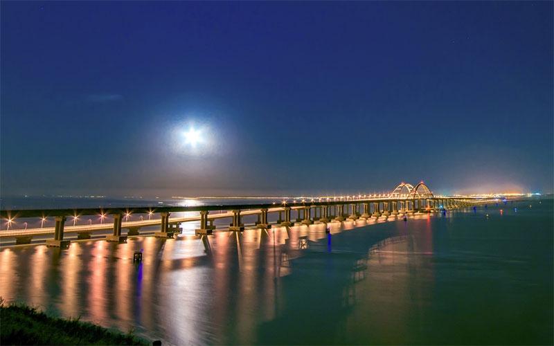 Украина ореагирует на движение поездов по Крымскому мосту