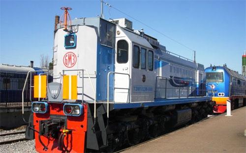 На ЧМК проходят обкатку два новых локомотива серии ТЭМ18ДМ