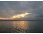 Закат на водохранилище (фото Олега Куделенского, Челябинск)