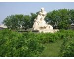 Памятник первоцелинникам. с.Светлое.
